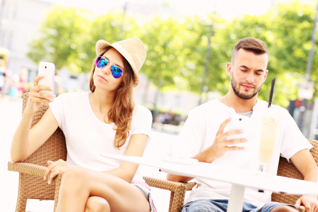 Never Do These Seven Things On a First Date